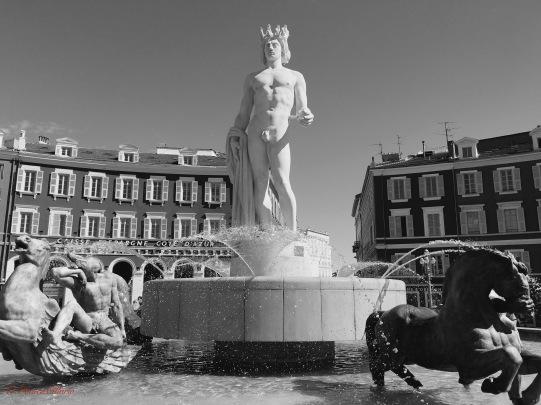 statuadiapolloanizza